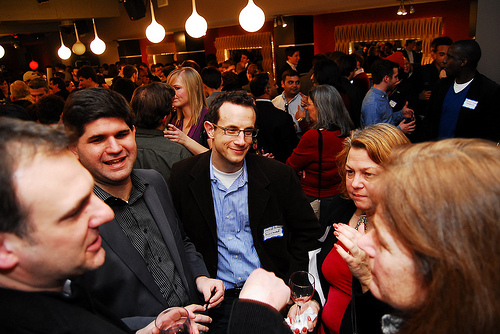 5 Networking Don'ts That Every Professional Must Know